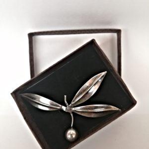 Broche de Oliva en plata vieja
